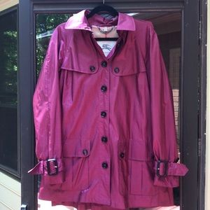 EUC Burberry Lightweight Rain Coat